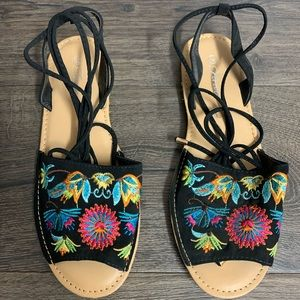 Tie Up Sandals With Floral Print